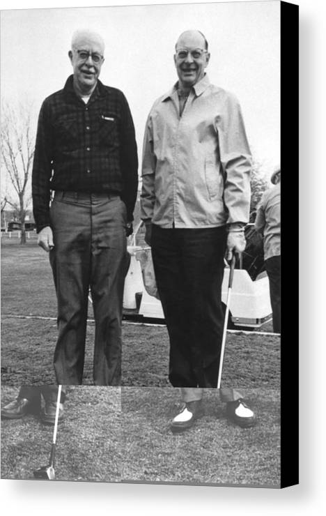 People Canvas Print featuring the photograph Brattain And Bardeen, Us Physicists by Science Photo Library