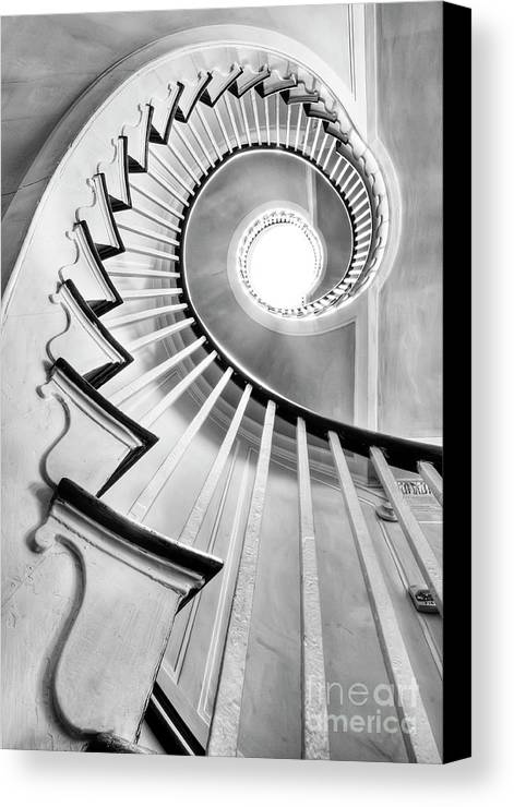 Spiral Staircase Canvas Print featuring the photograph Spiral Staircase Lowndes Grove by Dustin K Ryan