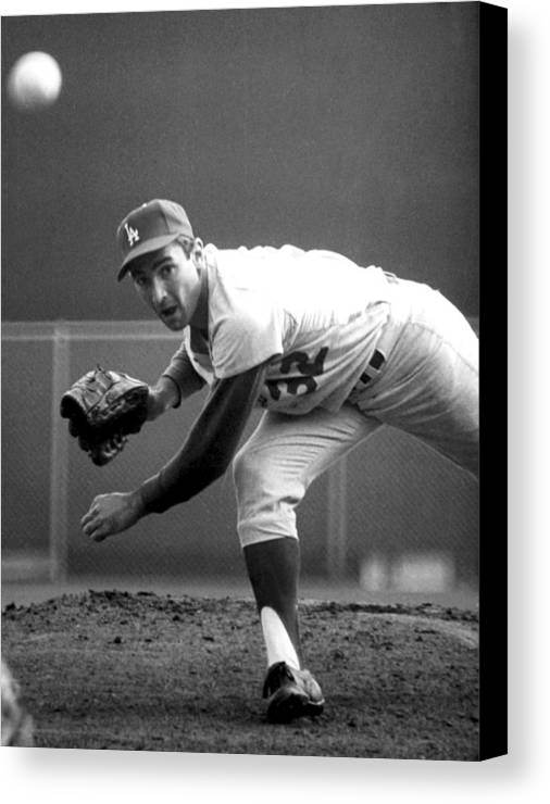 Baseball Canvas Print featuring the photograph L.a. Dodgers Pitcher Sandy Koufax, 1965 by Everett