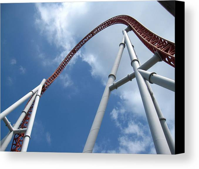 Hershey Canvas Print featuring the photograph Hershey Park - Storm Runner Roller Coaster - 12123 by DC Photographer