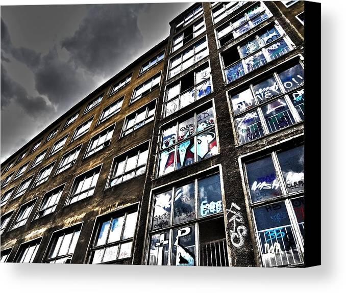 Europe Canvas Print featuring the photograph Stralauer Platz 29 - 31 by Juergen Weiss