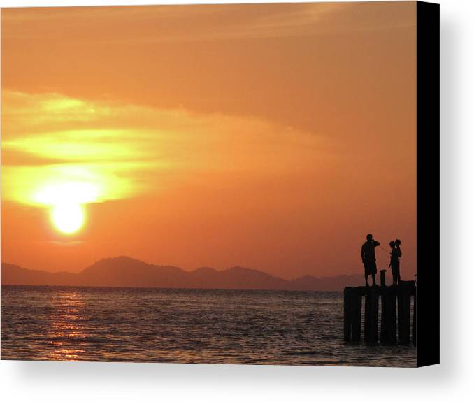 Horizontal Canvas Print featuring the photograph Watching A Sunset From The Jetty by Thepurpledoor
