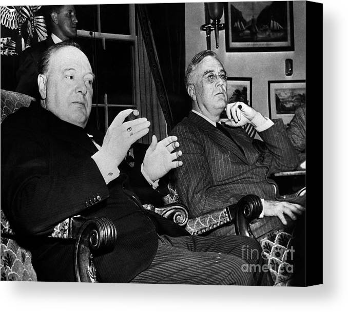 1941 Canvas Print featuring the photograph Churchill & Roosevelt by Granger