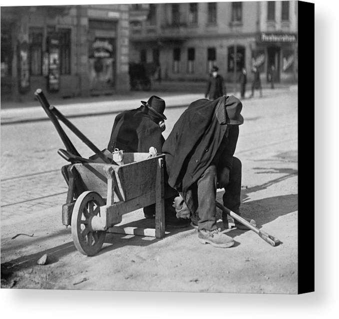 History Canvas Print featuring the photograph German Street Sweepers Taking Lunchtime by Everett