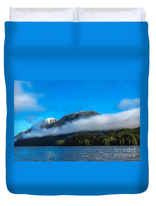 Seacapes Duvet Cover featuring the photograph Bc Coastline by Robert Bales