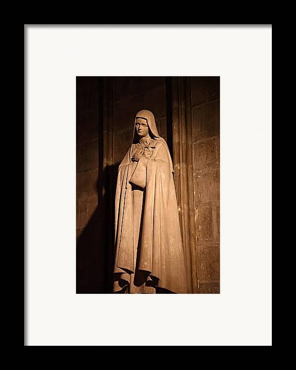 Aged Framed Print featuring the photograph Paris France - Notre Dame De Paris - 01139 by DC Photographer