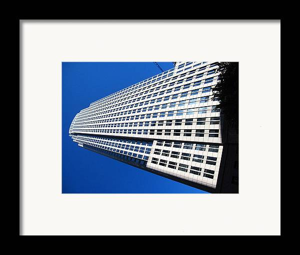 Charlotte Framed Print featuring the photograph Charlotte Nc - 12125 by DC Photographer
