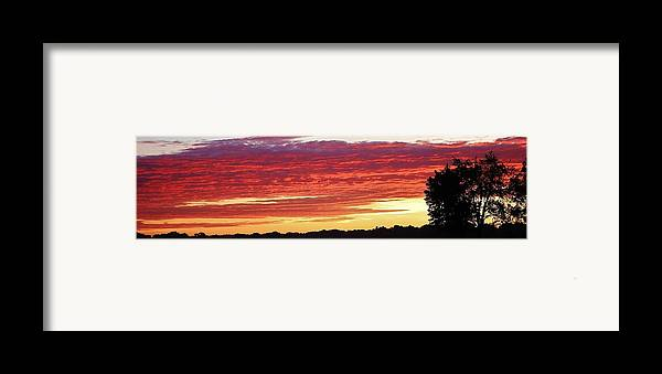 Sunset Framed Print featuring the photograph Days End by Bruce Bley