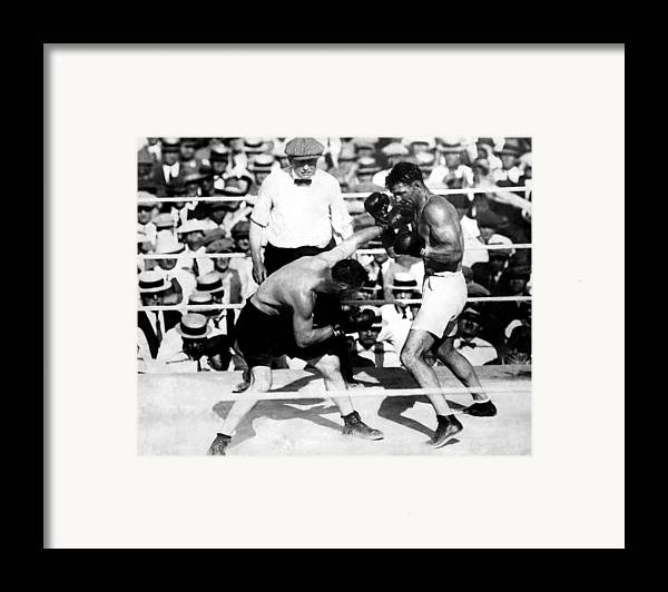 1920s Framed Print featuring the photograph Jack Dempsey Fights Tommy Gibbons by Everett