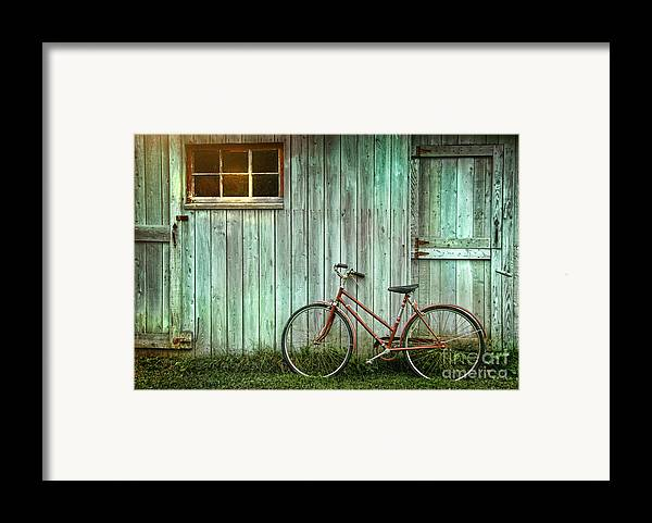 Autumn Framed Print featuring the photograph Old Bicycle Leaning Against Grungy Barn by Sandra Cunningham