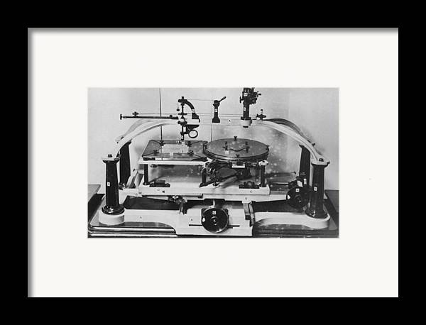 Equipment Framed Print featuring the photograph Roberts' Stellar Pantograver by Science Photo Library