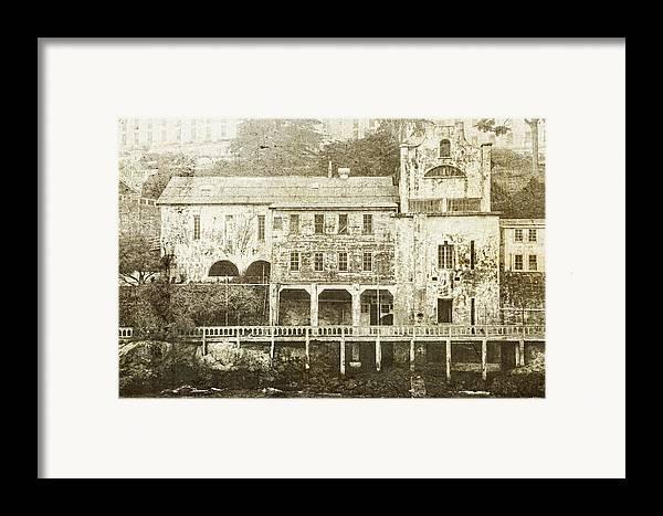 Alcatraz Framed Print featuring the photograph Talking Walls by Andrew Paranavitana