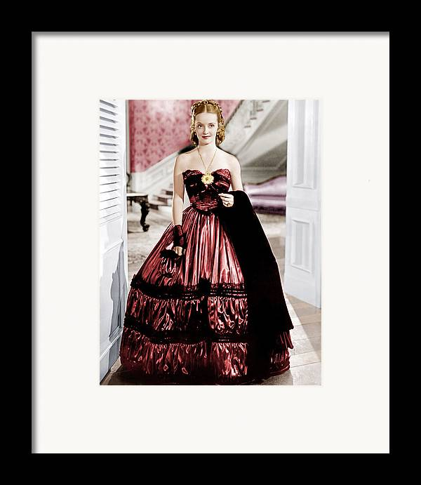 1930s Movies Framed Print featuring the photograph Jezebel, Bette Davis, 1938 by Everett