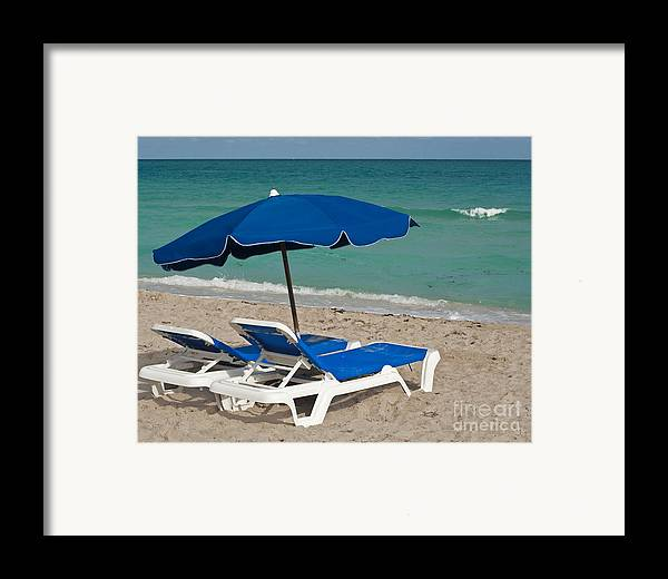 Florida Framed Print featuring the photograph Beachtime by Barbara McMahon