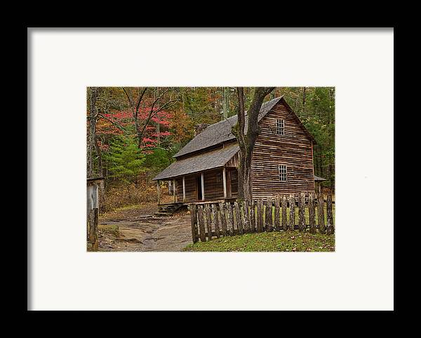 2010 Framed Print featuring the photograph Carter House by Charles Warren