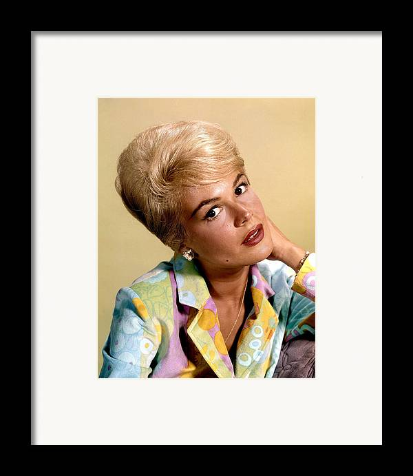 1960s Hairstyles Framed Print featuring the photograph Sandra Dee, Ca. Early 1960s by Everett