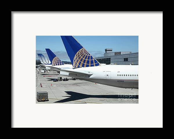Transportation Framed Print featuring the photograph United Airlines Jet Airplane At San Francisco Sfo International Airport - 5d17110 by Wingsdomain Art and Photography