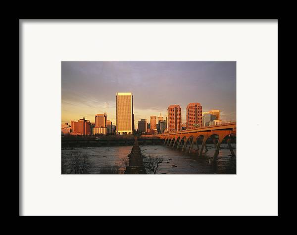 North America Framed Print featuring the photograph The Richmond, Virginia Skyline by Medford Taylor