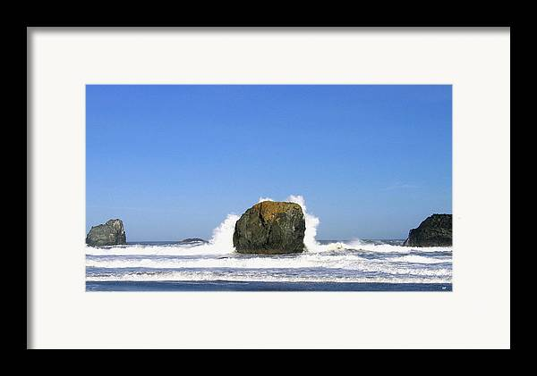 Bandon Framed Print featuring the photograph Bandon 14 by Will Borden