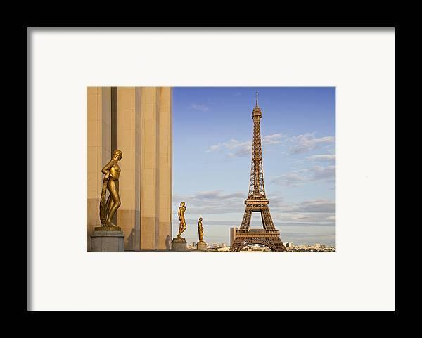 Historic Framed Print featuring the photograph Eiffel Tower Paris Trocadero by Melanie Viola