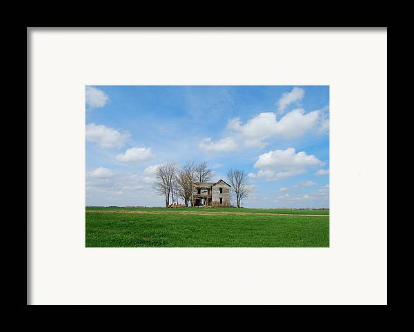 Illinois Framed Print featuring the photograph Farmstead by Harold Clayberg