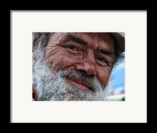 Homeless Framed Print featuring the photograph The Smile Of Life by Erhan OZBIYIK