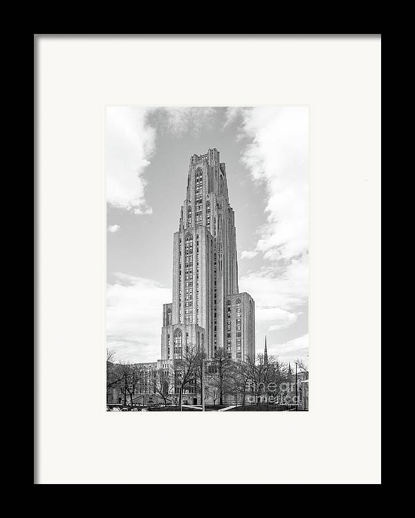 Aau Framed Print featuring the photograph University Of Pittsburgh Cathedral Of Learning by University Icons