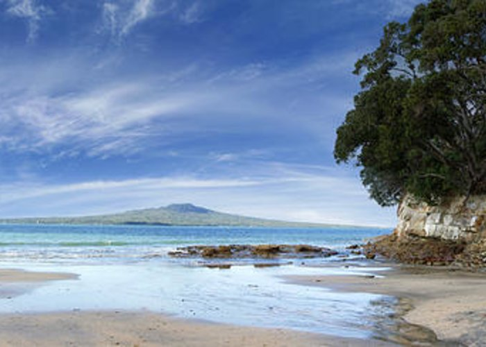 Beach Greeting Card featuring the photograph New Zealand by Les Cunliffe