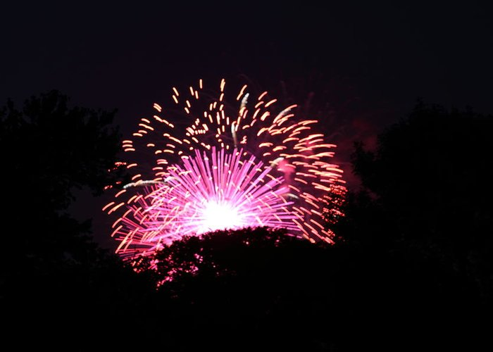 Washington Greeting Card featuring the photograph 4th Of July Fireworks - 011327 by DC Photographer