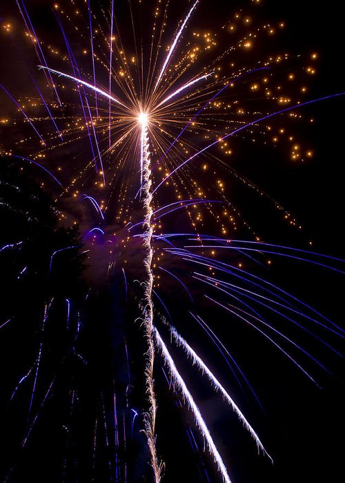 4th Greeting Card featuring the photograph 4th Of July Fireworks by Ray Devlin