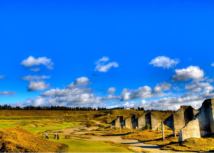 Chambers Bay Golf Course Greeting Card featuring the photograph #18 At Chambers Bay Golf Course by David Patterson