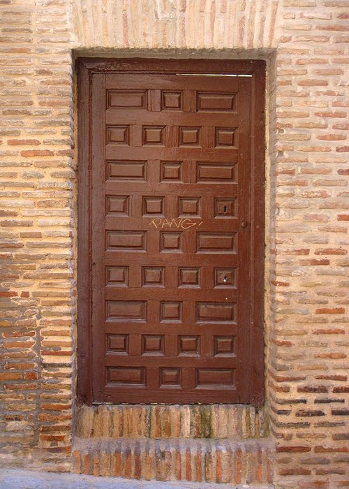 Toledo Greeting Card featuring the photograph A Door In Toledo by Roberto Alamino