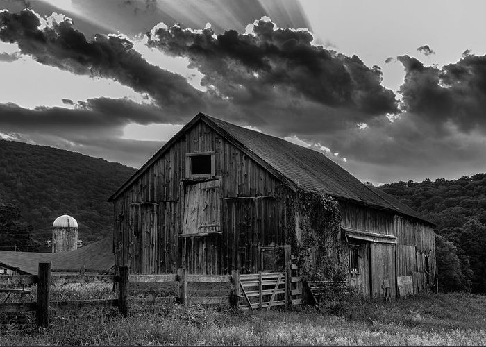 Kent Connecticut Greeting Card featuring the photograph Casey's Barn-black And White by Thomas Schoeller