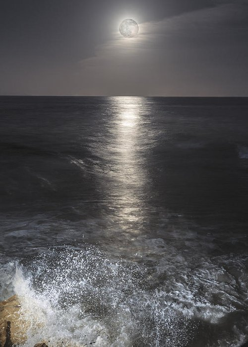 Moon Greeting Card featuring the photograph Crashing With The Moon by Bryan Toro