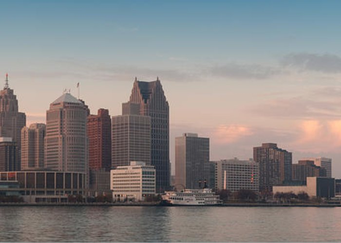 Detroit Greeting Card featuring the photograph Detroit At Dusk by Andreas Freund