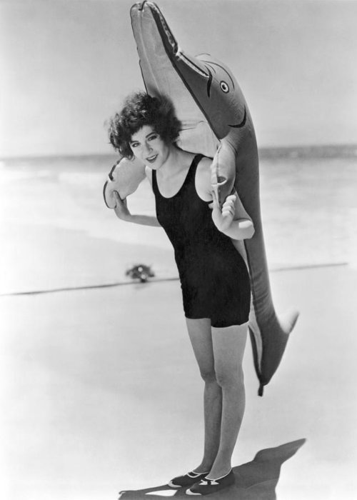 1928 Greeting Card featuring the photograph Fanny Brice And Beach Toy by Underwood Archives