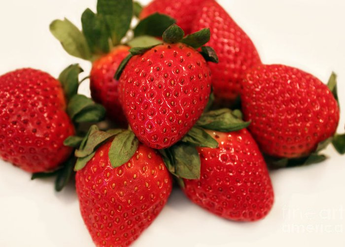 Juicy Strawberries Greeting Card featuring the photograph Juicy Strawberries by Barbara Griffin