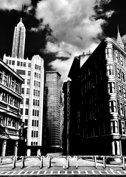 Manhattan Greeting Card featuring the photograph Manhattan Highlights B W by Benjamin Yeager