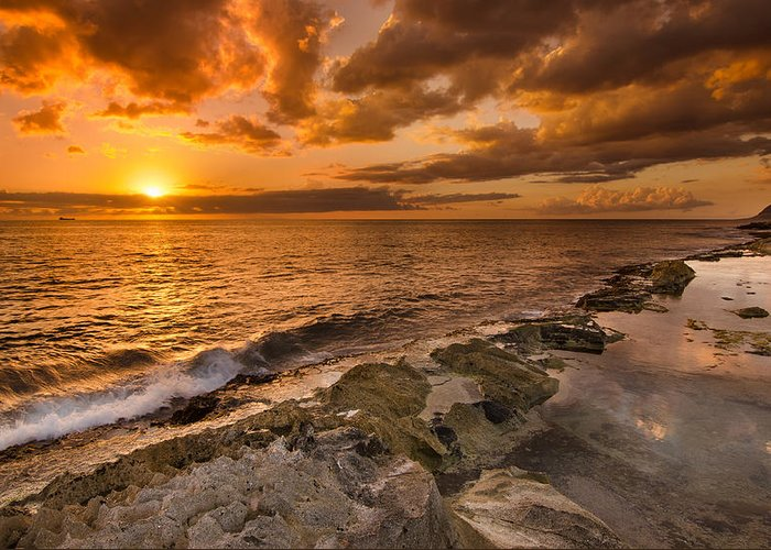 Koolina Greeting Card featuring the photograph Ocean And Sunset by Tin Lung Chao