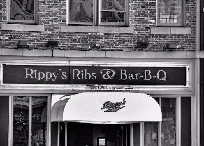 Rippy's Ribs And Bar Bq Greeting Card featuring the photograph Rippy's Ribs And Bar Bq by Dan Sproul
