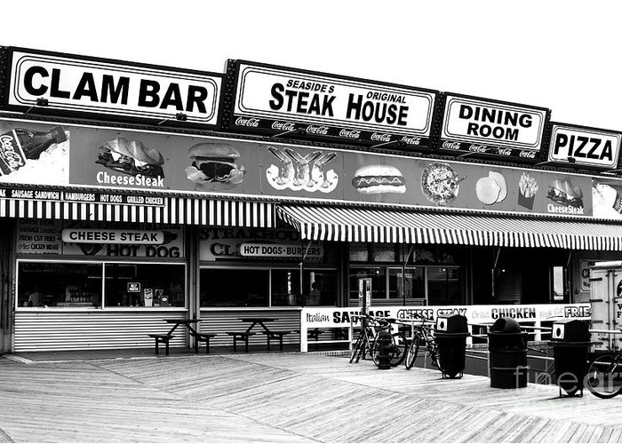 Seaside Dining Greeting Card featuring the photograph Seaside Dining by John Rizzuto