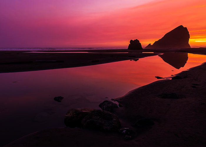 Oregon Greeting Card featuring the photograph Serenade Flow by Chad Dutson