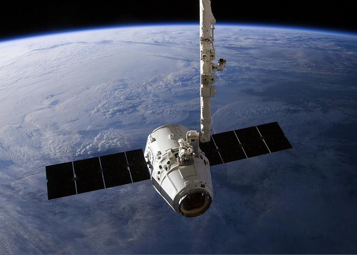 Dragon Capsule Greeting Card featuring the photograph Spacex Dragon Capsule At The Iss by Science Photo Library