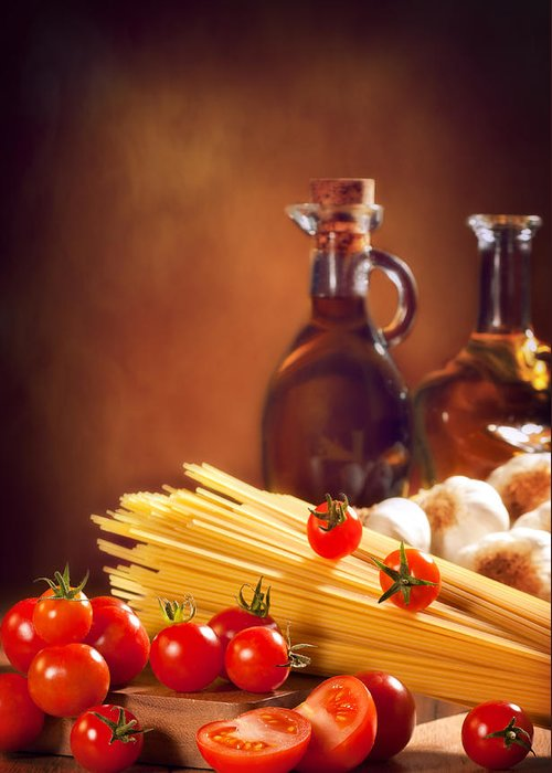 Spaghetti Greeting Card featuring the photograph Spaghetti Pasta With Tomatoes And Garlic by Amanda And Christopher Elwell