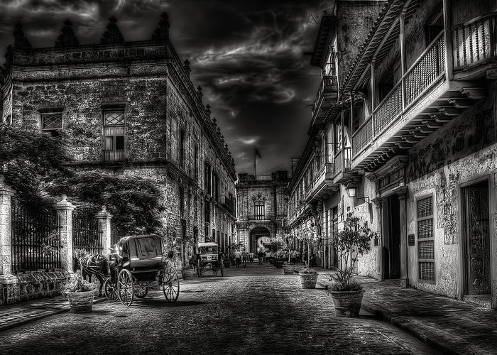 Black Greeting Card featuring the photograph Streets Of Havana Bw by Erik Brede