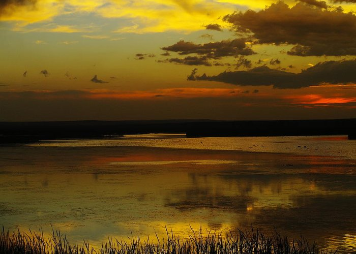 Lakes Greeting Card featuring the photograph Sunset On Medicine Lake by Jeff Swan