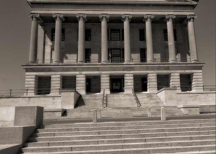 Tennessee Capitol Building Greeting Card featuring the photograph Tennessee Capitol Building by Dan Sproul