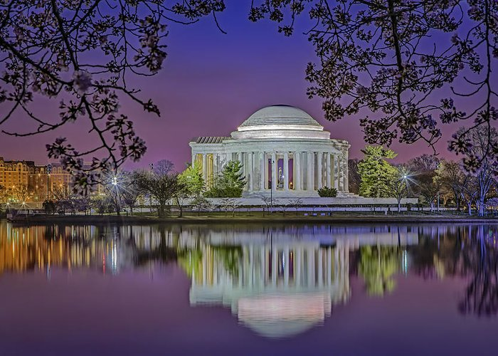 Thomas Jefferson Memorial Greeting Card featuring the photograph Twilight At The Thomas Jefferson Memorial by Susan Candelario