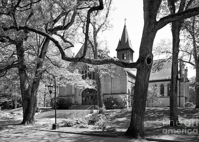 Houghton Chapel Greeting Card featuring the photograph Wellesley College Houghton Chapel by University Icons