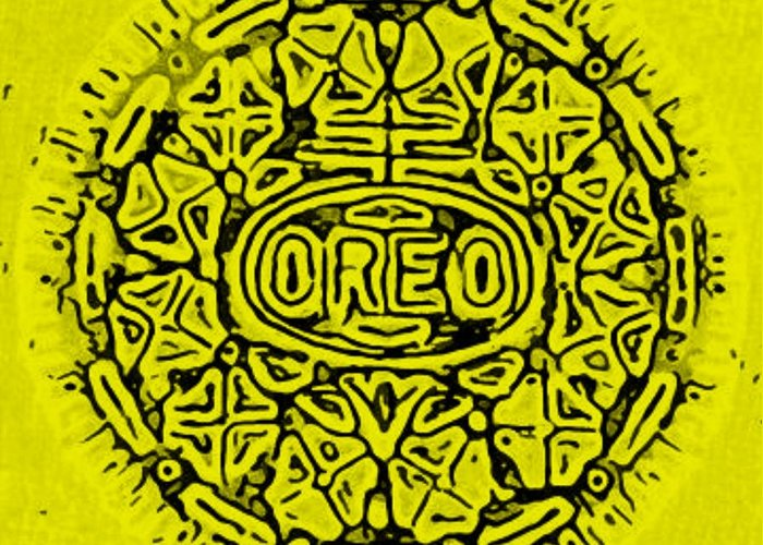 Oreo Greeting Card featuring the photograph Yellow Oreo by Rob Hans